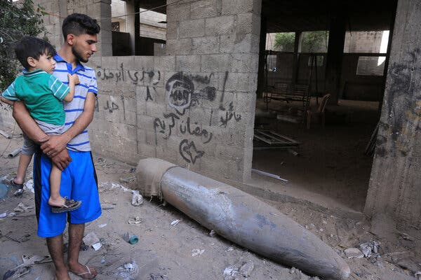 An Israeli Mk-84 2,000 pound air-dropped bomb, which did not explode, on Monday in the center of Gaza City.