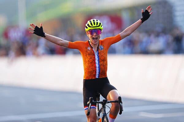 Annamiek van Vleuten of Team Netherlands celebrates crossing the finishing line winning the silver medal on Sunday.