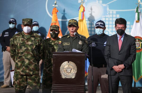 Gen. Jorge Luis Vargas, the chief of the Colombian national police, said that the number of Colombians captured in Haiti had risen to 21, three of whom are dead.